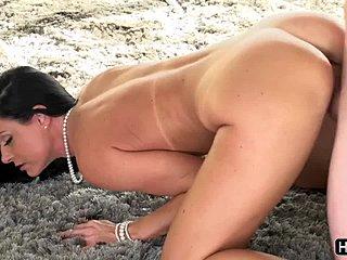 Hot busty έφηβος σεξ
